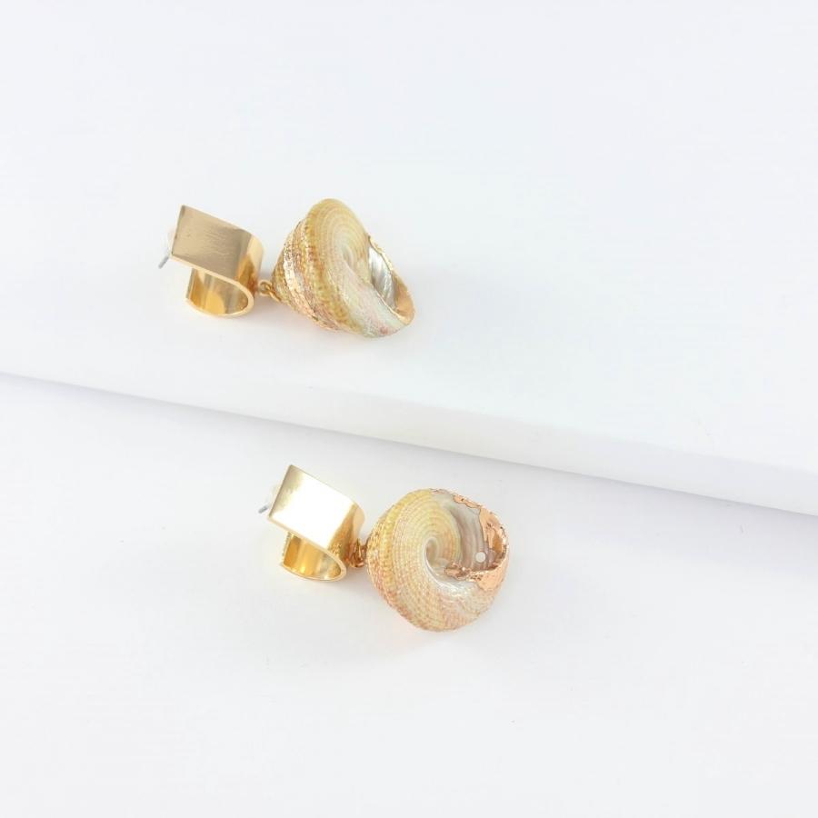Doğal Deniz Kabuğu Küpe Gold