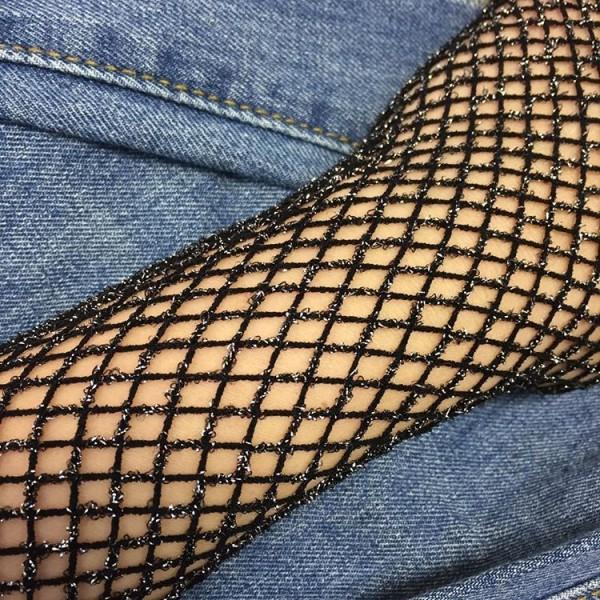 Gümüş Simli İnce File Desenli Külotlu Çorap Siyah