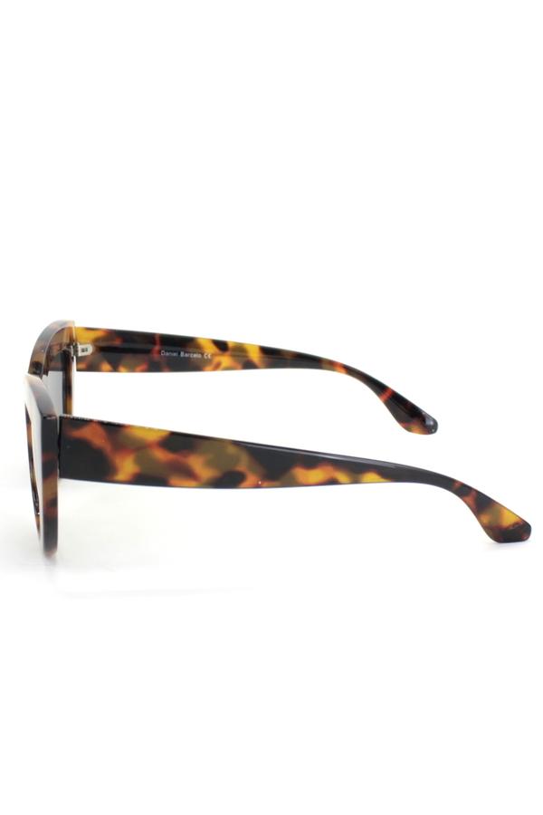 Kalın Çerçeveli Tasarım Cat Eye Bayan Güneş Gözlüğü Tortoise Kahverengi