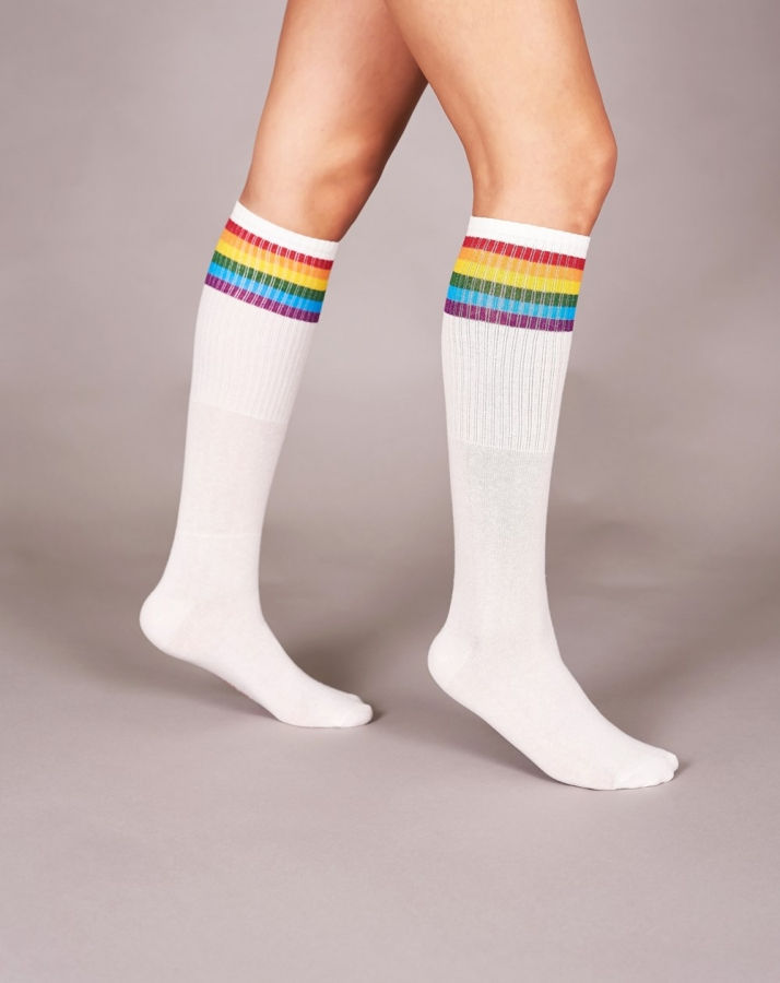 Renkli Çizgili Pamuklu Diz Altı Çorap Beyaz