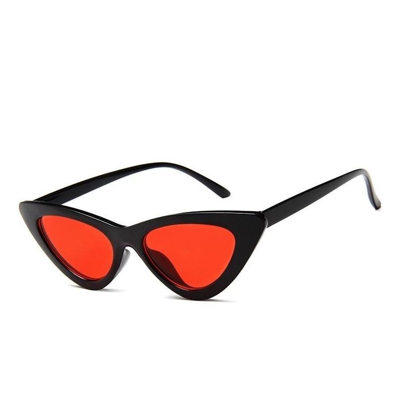Retro Üçgen Cat Eye Kırmızı Camlı Bayan Güneş Gözlüğü Siyah