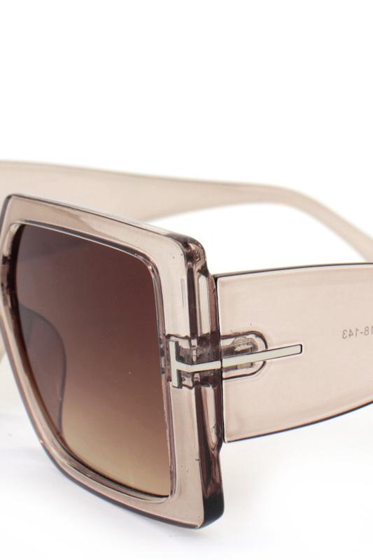 Audrey Kahverengi Degrade Camlı Büyük Kare Bayan Güneş Gözlüğü Bej
