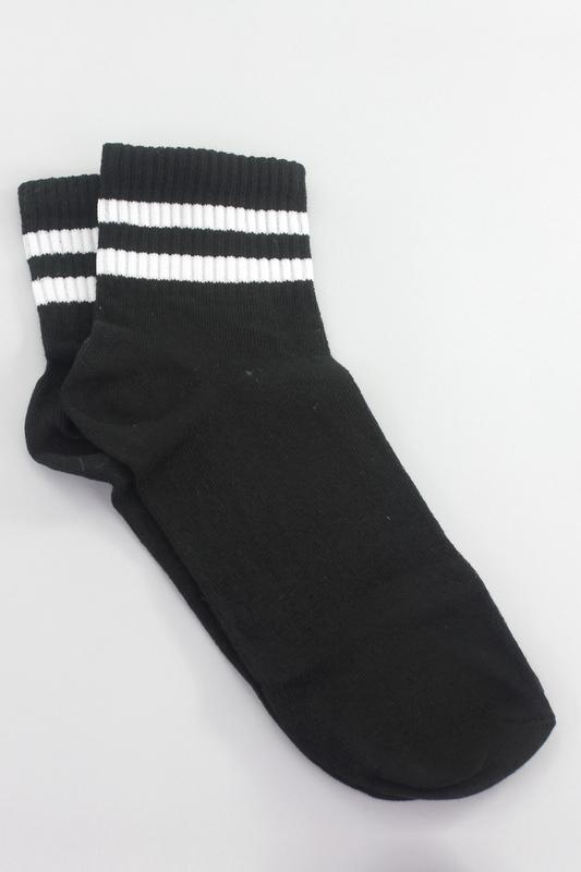 Beyaz Çizgili Kısa Konç Koton Spor Çorap Siyah