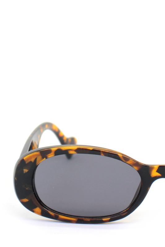 Brooklyn Siyah Camlı Oval Kemik Çerçeveli Retro Bayan Güneş Gözlüğü Leopar
