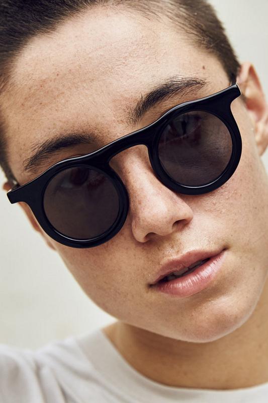 Carla Retro Siyah Yuvarlak Camlı Unisex Güneş Gözlüğü Siyah