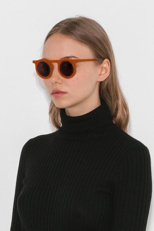 Carla Retro Siyah Yuvarlak Camlı Unisex Güneş Gözlüğü Turuncu