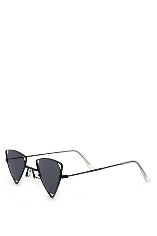 Coachella Siyah Üçgen Metal Çerçeveli Güneş Gözlüğü Siyah