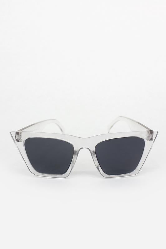 Designer Cat Eye Köşeli Siyah Camlı Bayan Güneş Gözlüğü Şeffaf