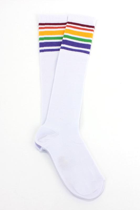 Gökkuşağı Renkli Çizgili Diz Altı Pamuklu Spor Çorap Beyaz