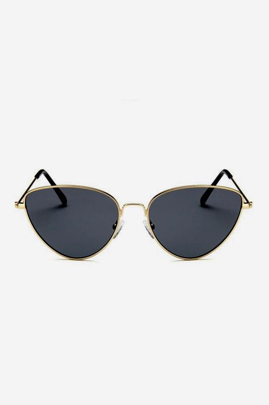 Gold Metal Çerçeveli Cat Eye Bayan Güneş Gözlüğü Siyah