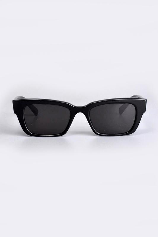 Keen Kalın Kemik Çerçeveli Dikdörtgen Köşeli Güneş Gözlüğü Siyah