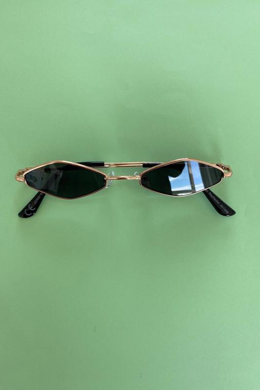 Love Crush Gold Metal Çerçeveli Küçük Altıgen Güneş Gözlüğü Siyah
