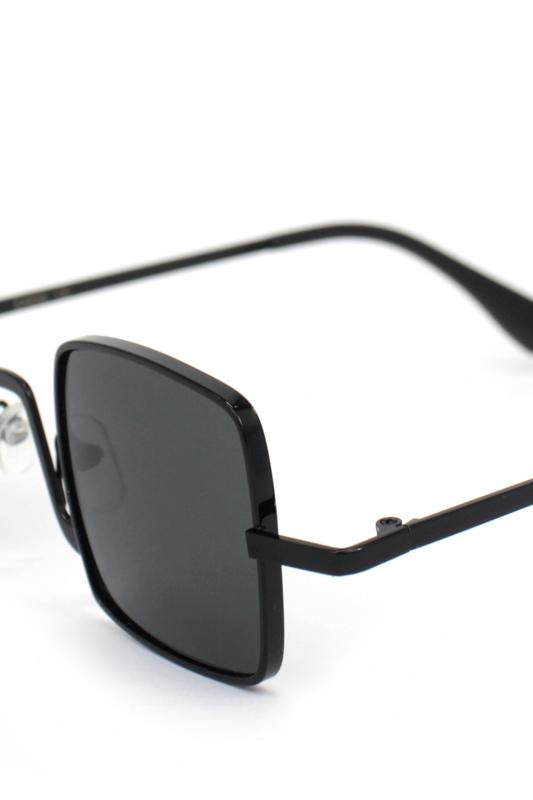 Tomorrowland Siyah Metal Çerçeveli Küçük Kare Güneş Gözlüğü Siyah
