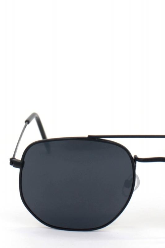 Vacation Siyah Metal Çerçeveli Beşgen Erkek Küçük Güneş Gözlüğü Siyah