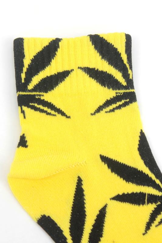 Yaprak Desenli Pamuklu Kısa Bayan Çorabı Neon Sarı Siyah