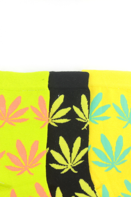 Yaprak Desenli Pamuklu Soket Bayan Çorabı Neon Yeşil Siyah Sarı 3'lü Paket